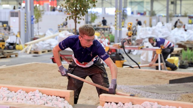 sam taylor at worldskills kazan.jpg